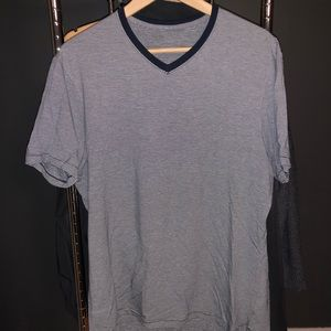 Lululemon 5 Year Basic V-Neck